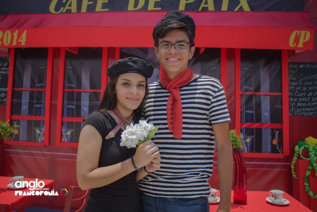 EscuelasenCoatza_AngloMexicano_Jardin_Primaria_secundaria_preparatoria_Universidad_anglo_Mexicano_cam_-32