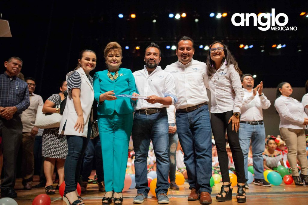 EscuelasenCoatza_AngloMexicano_secundaria_bilingues-6
