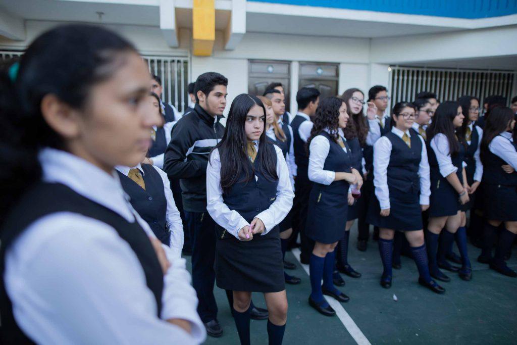 EscuelasEncoatza_BachilleratoAngloMexicano_PrepaCam_Bienvenida_Inicio_de_Clases_AngloMexicano_Tu_Conexion_almundo_highschool-1