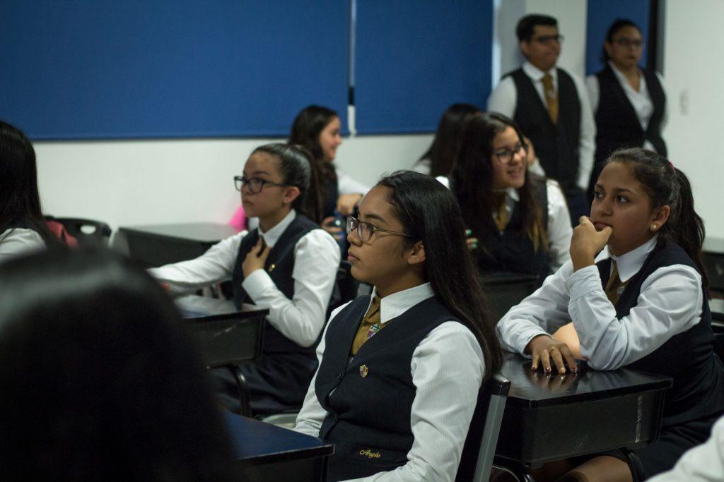 EscuelasEncoatza_BachilleratoAngloMexicano_PrepaCam_Bienvenida_Inicio_de_Clases_AngloMexicano_Tu_Conexion_almundo_highschool-11
