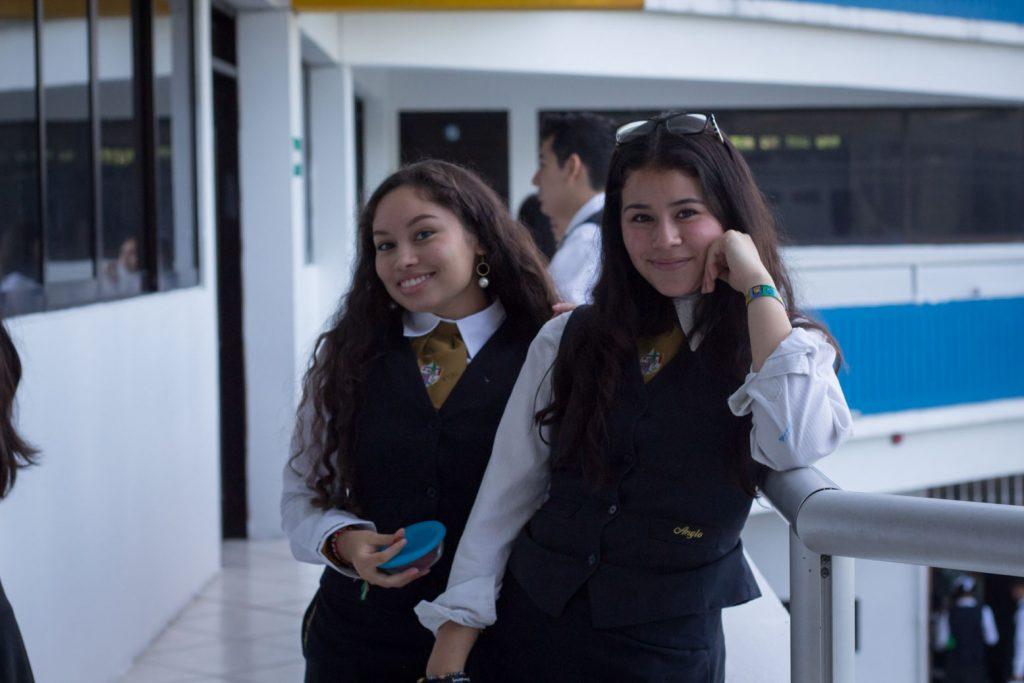 EscuelasEncoatza_BachilleratoAngloMexicano_PrepaCam_Bienvenida_Inicio_de_Clases_AngloMexicano_Tu_Conexion_almundo_highschool-3