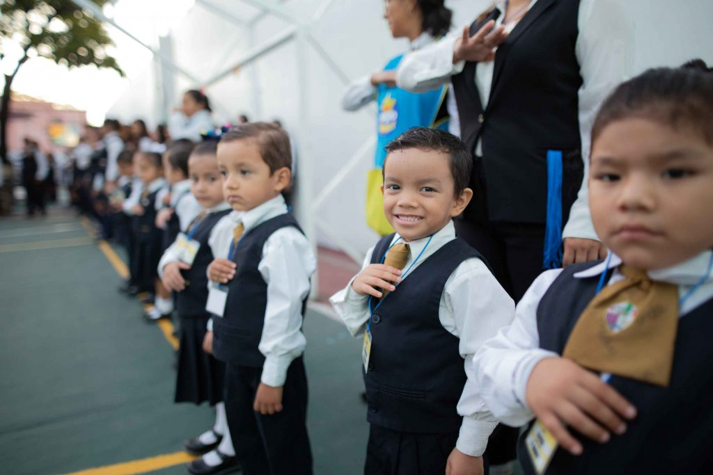 EscuelasEncoatza_Jardin_de_nniñosAngloMexicano_PrepaCam_Bienvenida_Inicio_de_Clases_AngloMexicano_Tu_Conexion_almundo_highschool_Secundaria_primaria-16