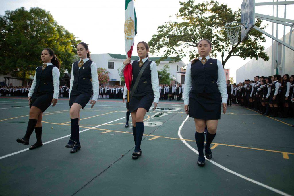 EscuelasEncoatza_Jardin_de_nniñosAngloMexicano_PrepaCam_Bienvenida_Inicio_de_Clases_AngloMexicano_Tu_Conexion_almundo_highschool_Secundaria_primaria-18