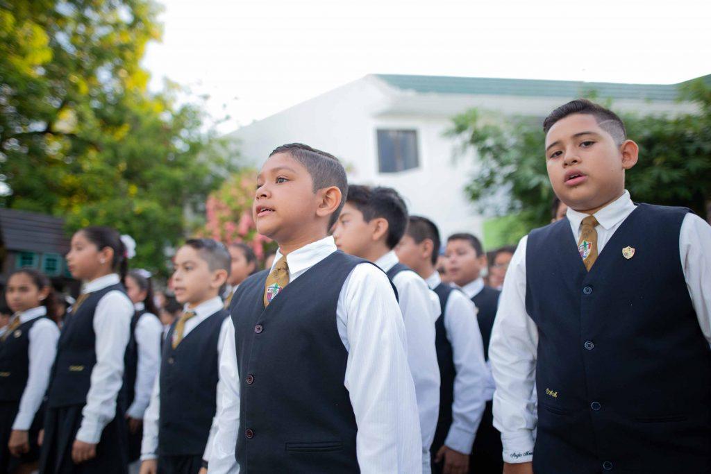 EscuelasEncoatza_Jardin_de_nniñosAngloMexicano_PrepaCam_Bienvenida_Inicio_de_Clases_AngloMexicano_Tu_Conexion_almundo_highschool_Secundaria_primaria-21
