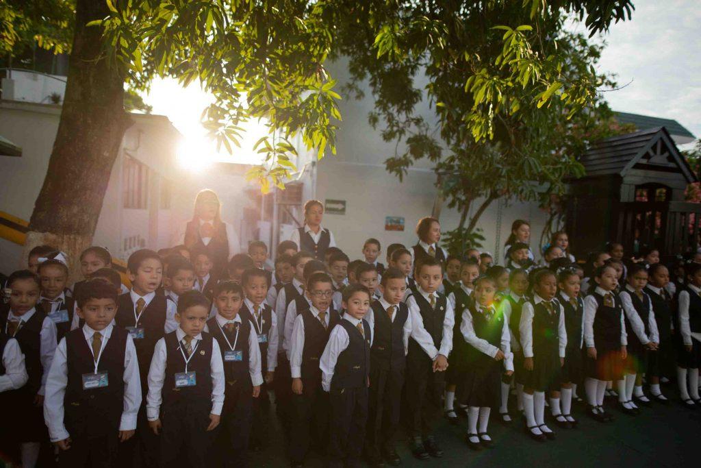 EscuelasEncoatza_Jardin_de_nniñosAngloMexicano_PrepaCam_Bienvenida_Inicio_de_Clases_AngloMexicano_Tu_Conexion_almundo_highschool_Secundaria_primaria-29