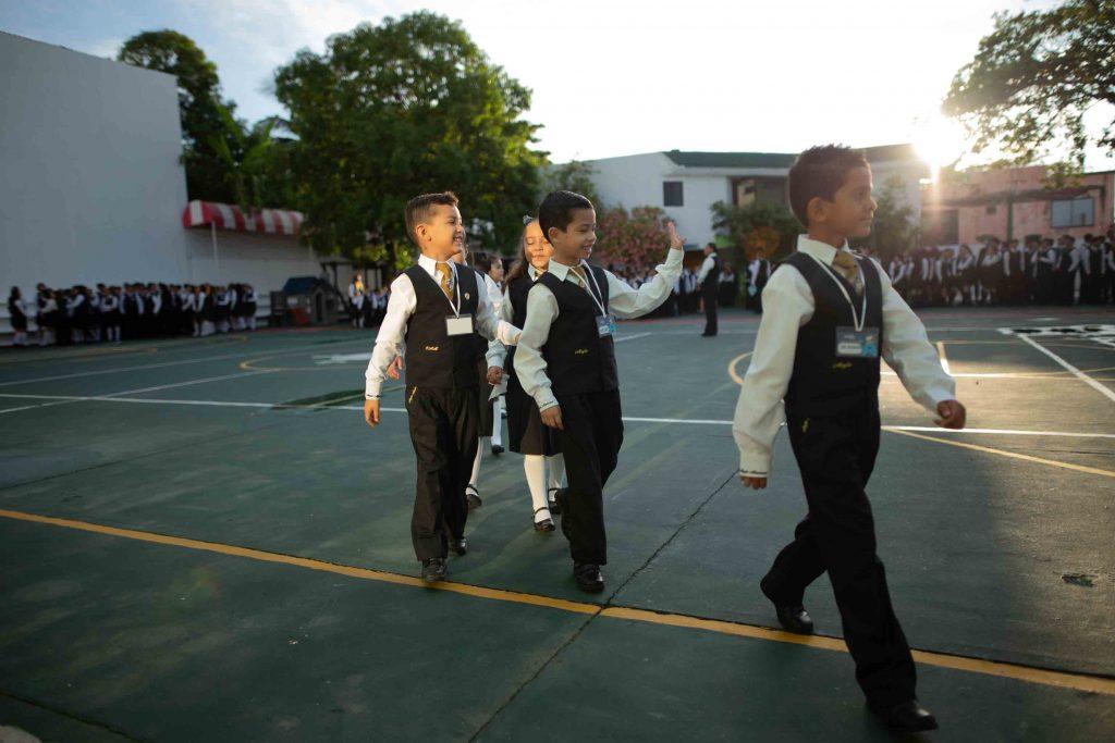 EscuelasEncoatza_Jardin_de_nniñosAngloMexicano_PrepaCam_Bienvenida_Inicio_de_Clases_AngloMexicano_Tu_Conexion_almundo_highschool_Secundaria_primaria-36