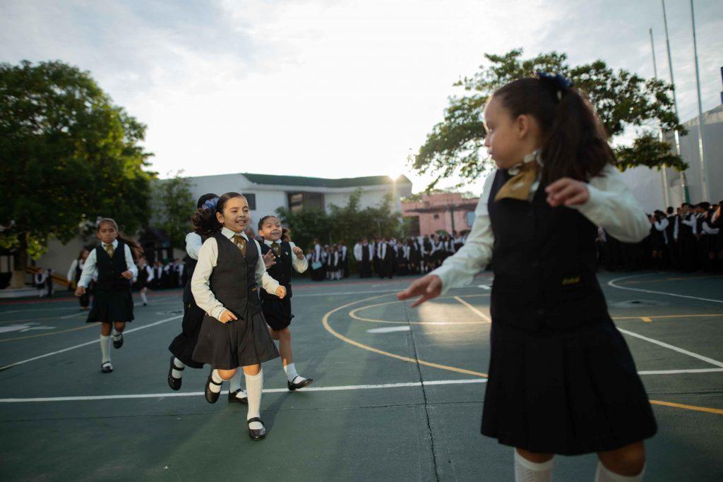 EscuelasEncoatza_Jardin_de_nniñosAngloMexicano_PrepaCam_Bienvenida_Inicio_de_Clases_AngloMexicano_Tu_Conexion_almundo_highschool_Secundaria_primaria-40