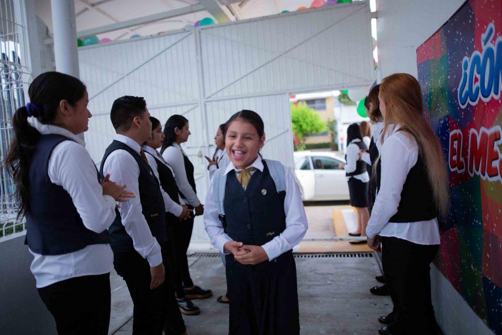 EscuelasEncoatza_Jardin_de_nniñosAngloMexicano_PrepaCam_Bienvenida_Inicio_de_Clases_AngloMexicano_Tu_Conexion_almundo_highschool_Secundaria_primaria-6