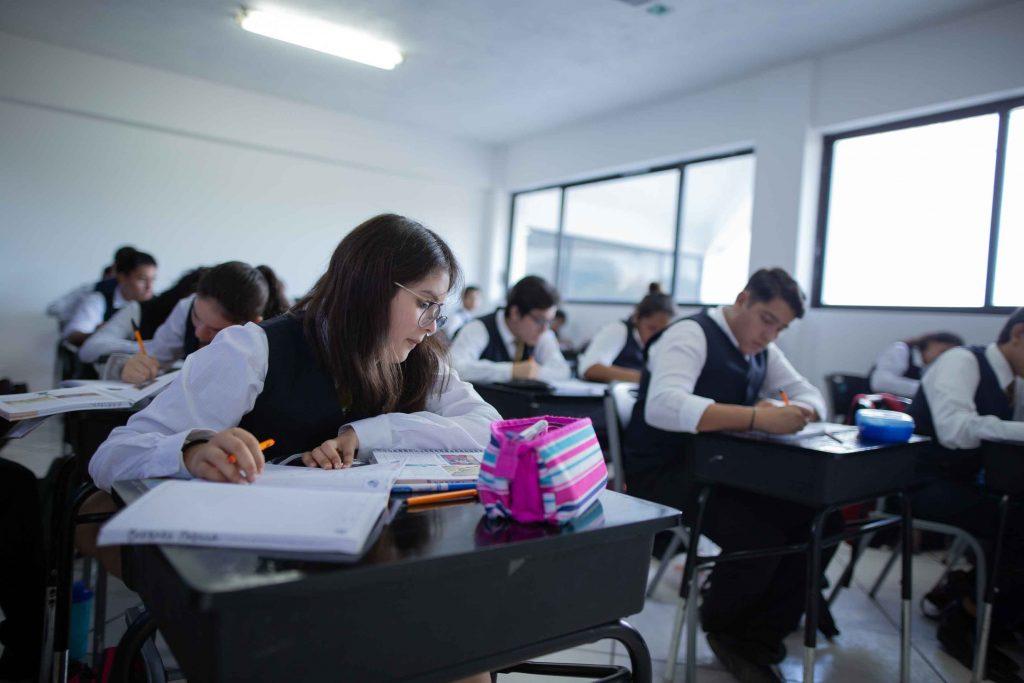 EscuelasEncoatza_Jardin_de_nniñosAngloMexicano_PrepaCam_Bienvenida_Inicio_de_Clases_AngloMexicano_Tu_Conexion_almundo_highschool_Secundaria_primaria-78