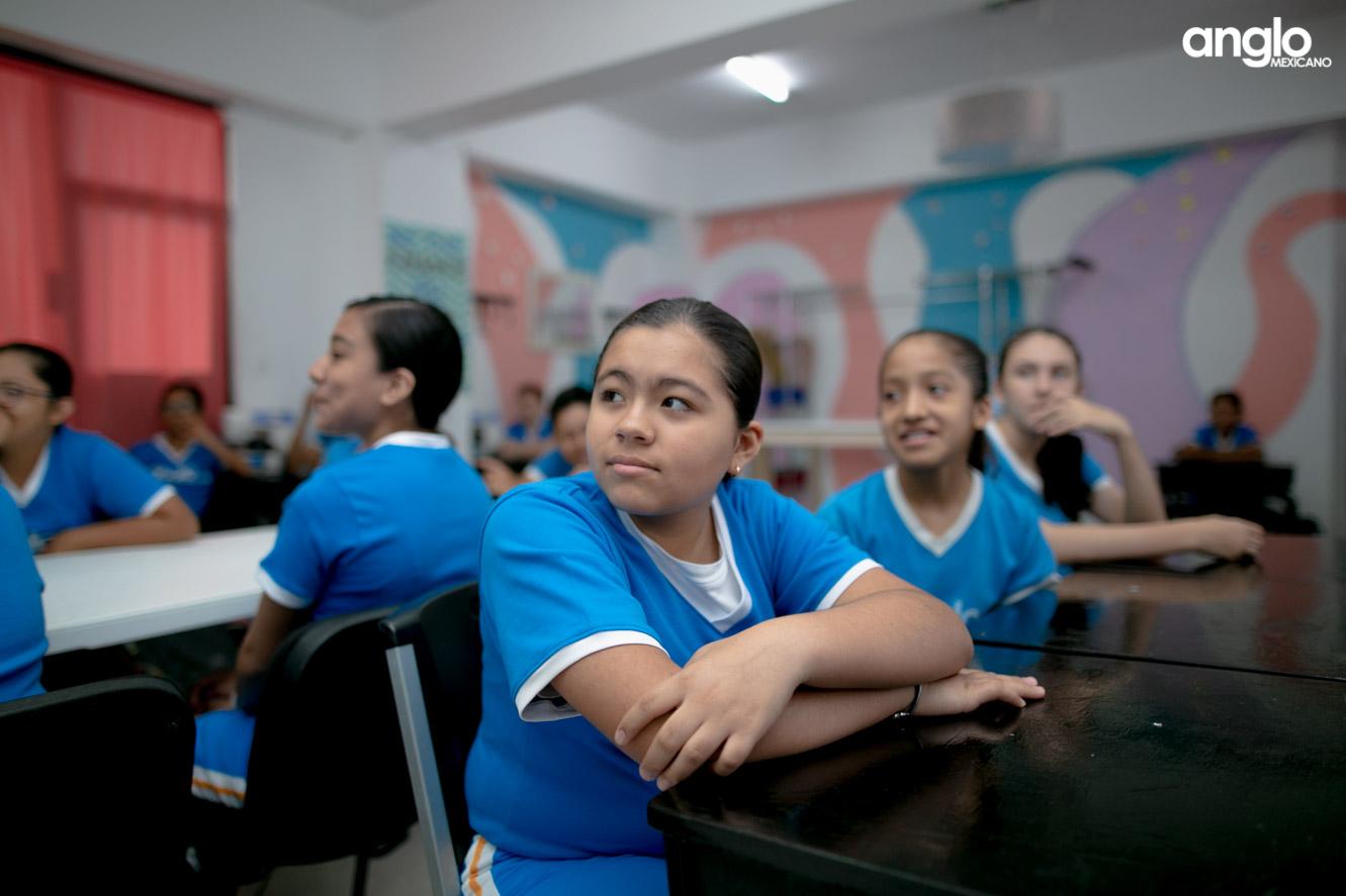 COLEGIO ANGLO MEXICANO DE COATZACOALCOS-SECUNDARIA-REGRESO CLASES-7398