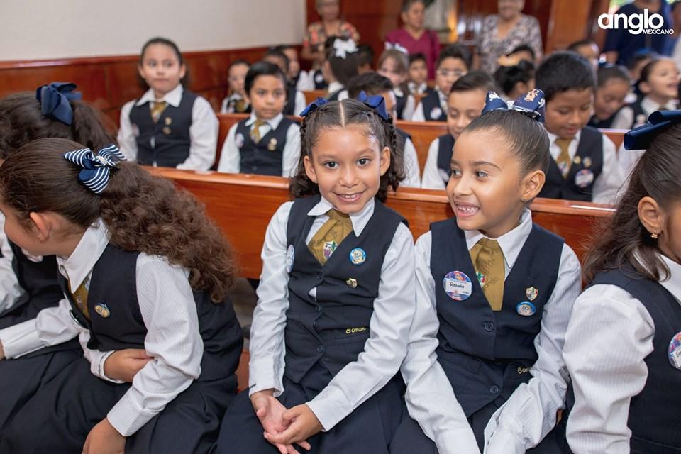 Colegio Anglo Mexicano de Coatzacoalcos - Misa de Acción de Gracias Back to School - 2019 - 20