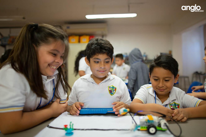 Colegio Anglo Mexicano de Coatzacoalcos - primaria - elementary school - robotica - 3