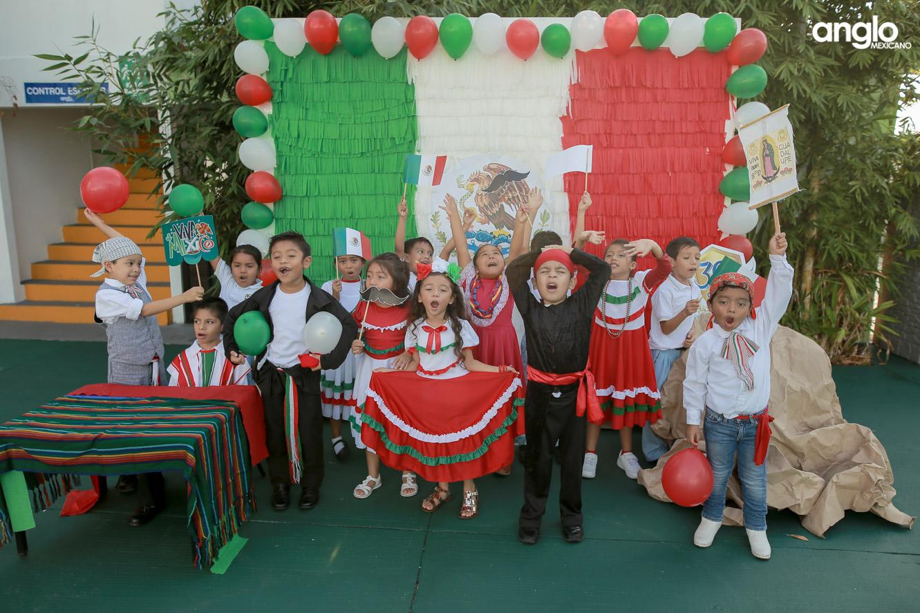 ANGLO MEXICANO DE COATZACOALCOS-PRIMARIA-MAÑANITAS MEXICANAS-0469