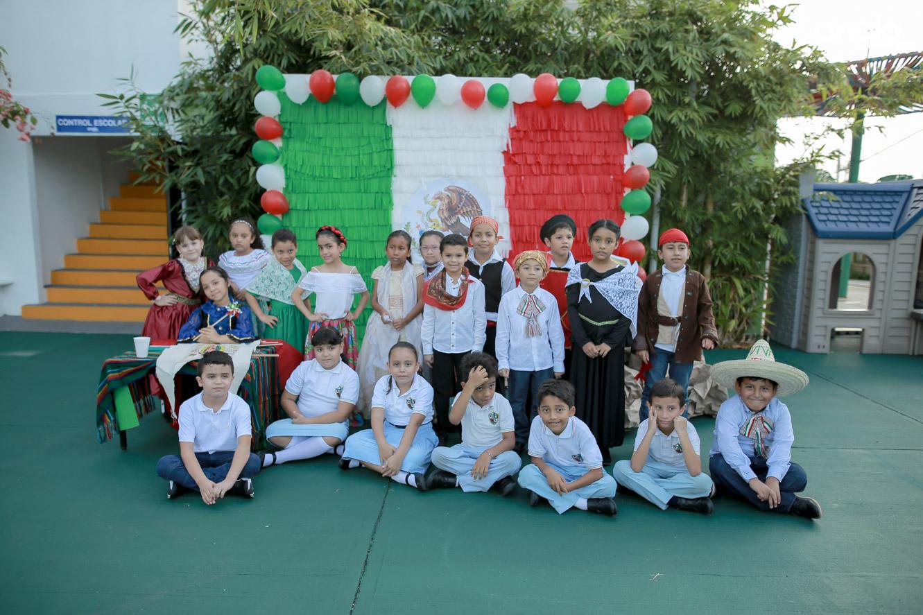 ANGLO MEXICANO DE COATZACOALCOS-PRIMARIA-MAÑANITAS MEXICANAS-0520