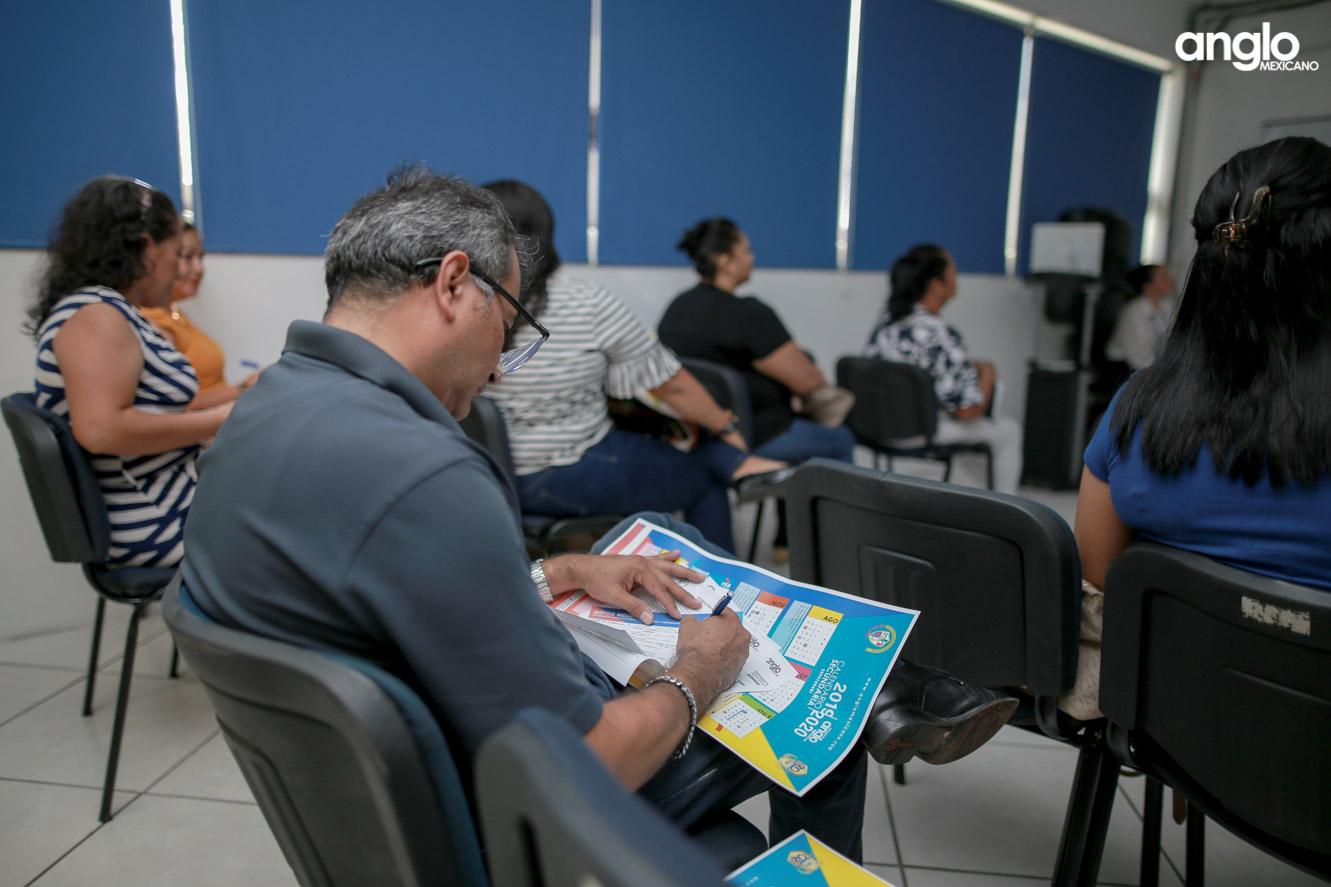 ANGLO MEXICANO DE COATZACOALCOS-SECUNDARIA-JUNTA PADRES DE FAMILIA-9322