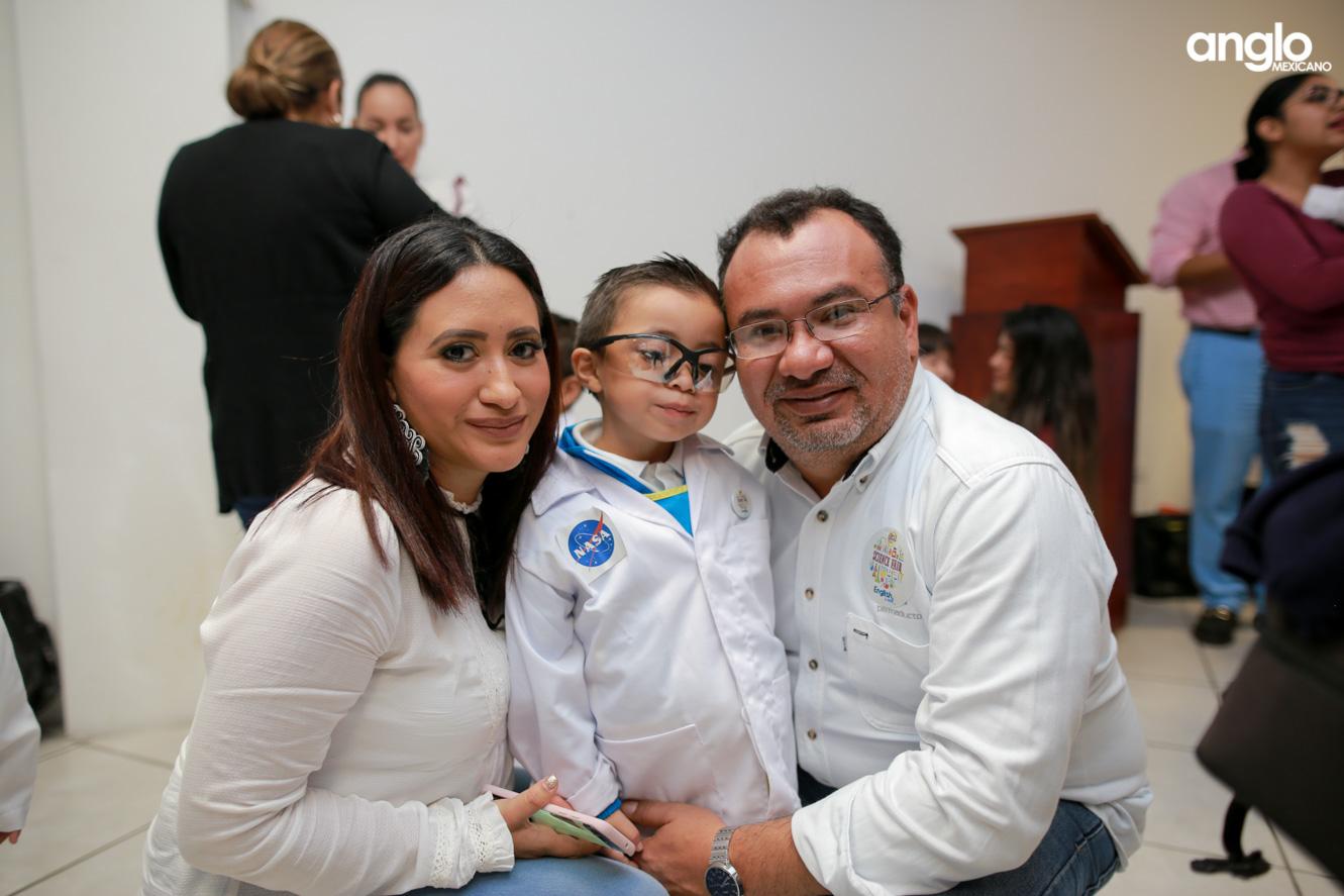 ANGLO MEXICANO DE COATZACOALCOS-PREESCOLAR-FERIA CIENTIFICA-0856