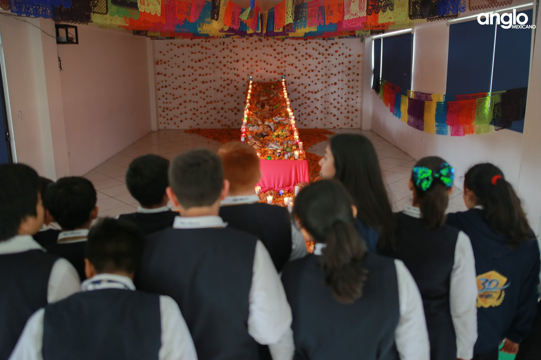 ANGLO MEXICANO DE COATZACOALCOS-VISITA-ALTARES-011