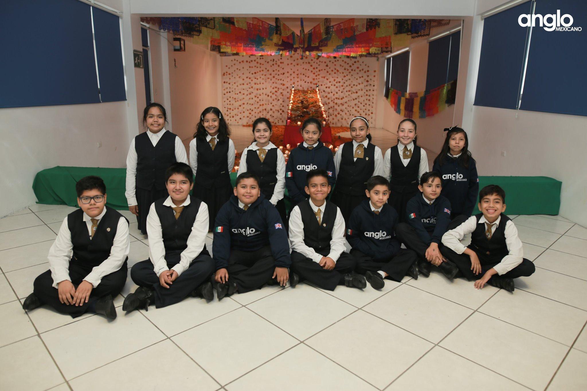 ANGLO MEXICANO DE COATZACOALCOS-VISITA-ALTARES-025