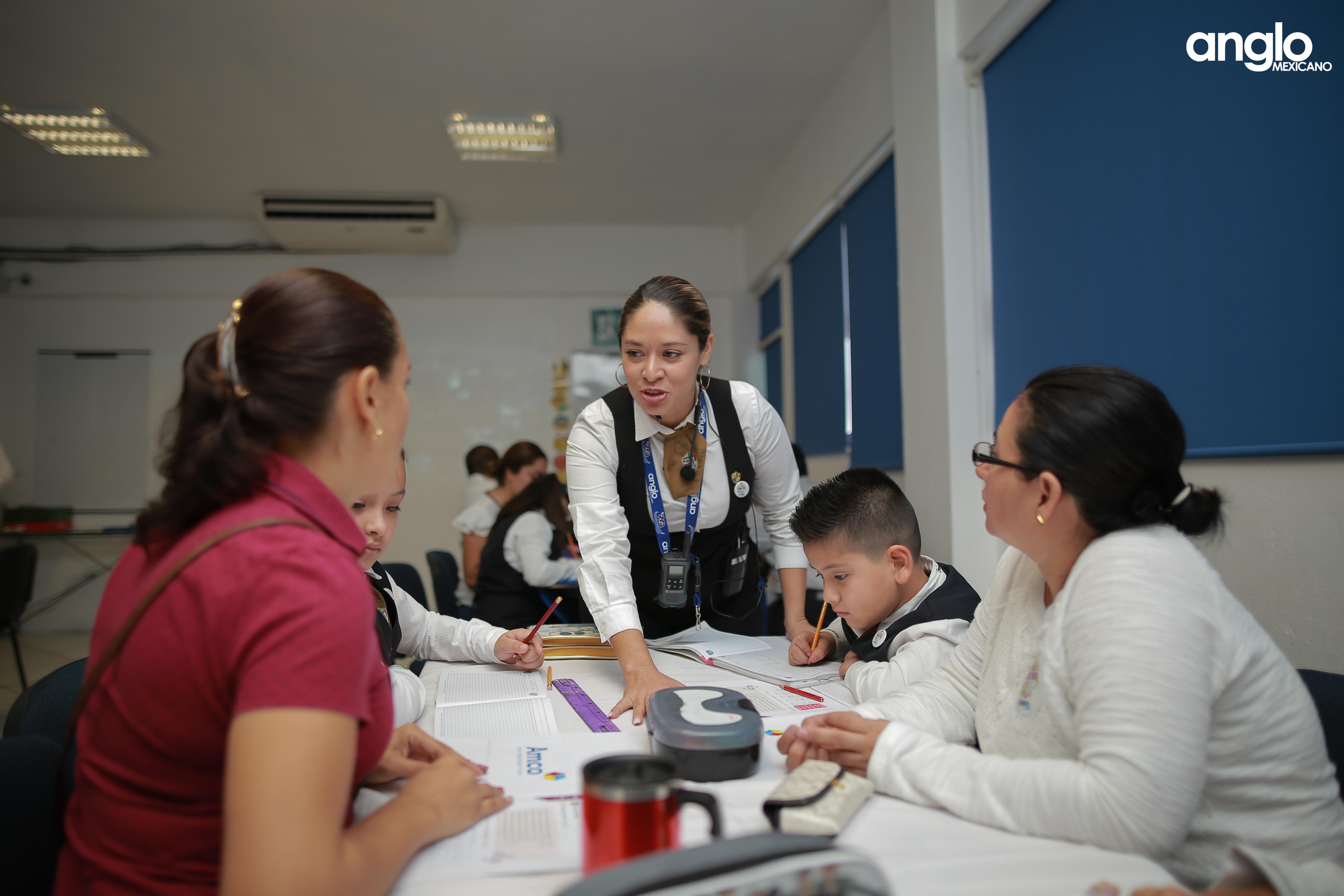 COLEGIO ANGLO MEXICANO DE COATZACOALCOS-CLASE MUESTRA-PRIMARIA-0011