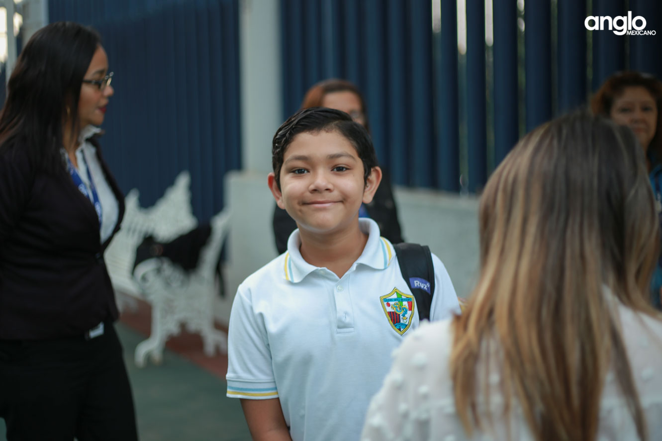 COLEGIO ANGLO MEXICANO DE COATZACOALCOS-UN DIA EN SECUNDARIA-9548