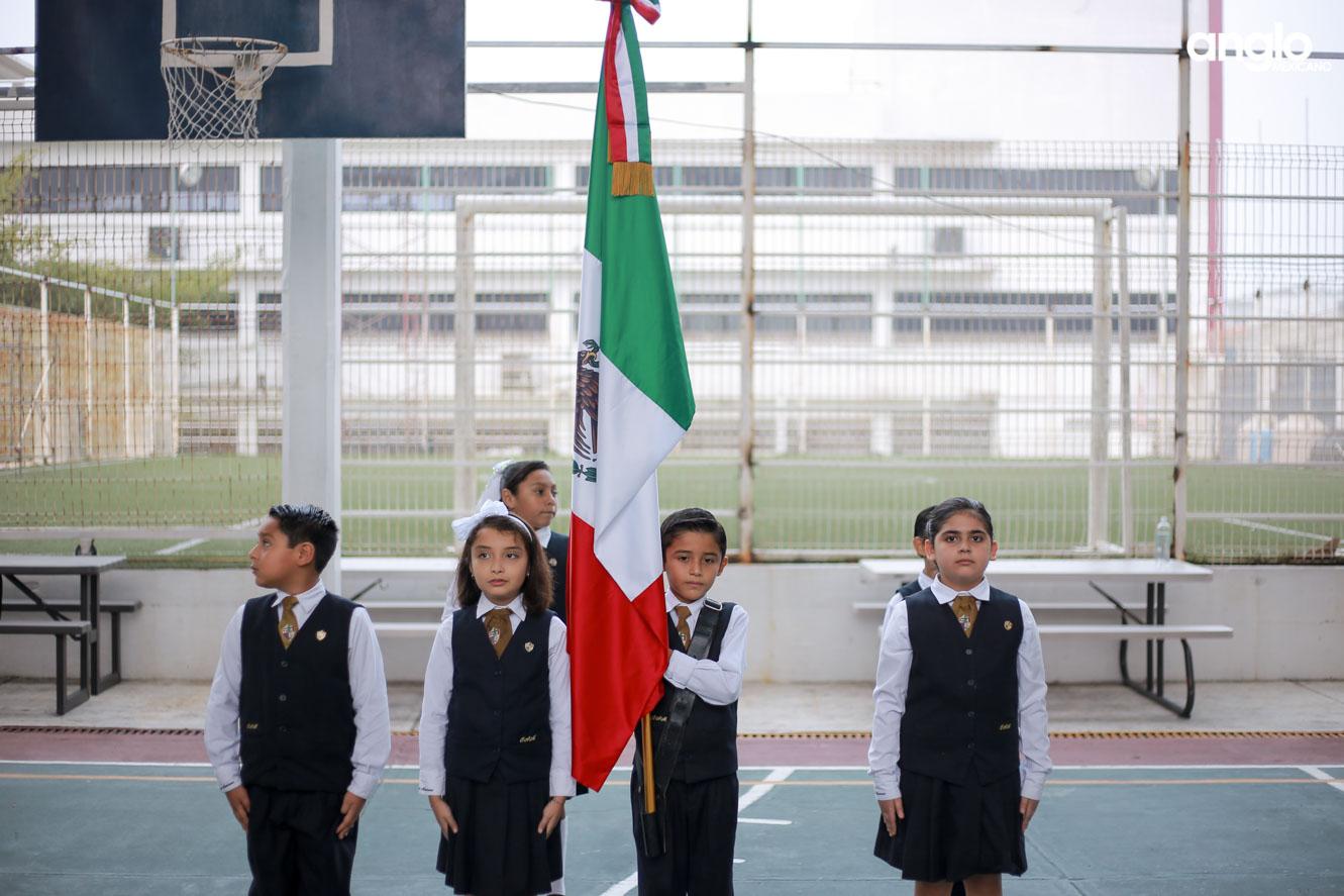 COLEGIO ANGLO MEXICANO DE COATZACOALCOS-PRIMARIA-HOMENAJE-9853