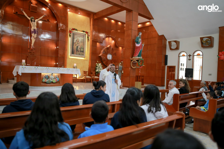 COLEGIO ANGLO MEXICANO DE COAZACOALCOS-MISA DE AÑO NUEVO-0891