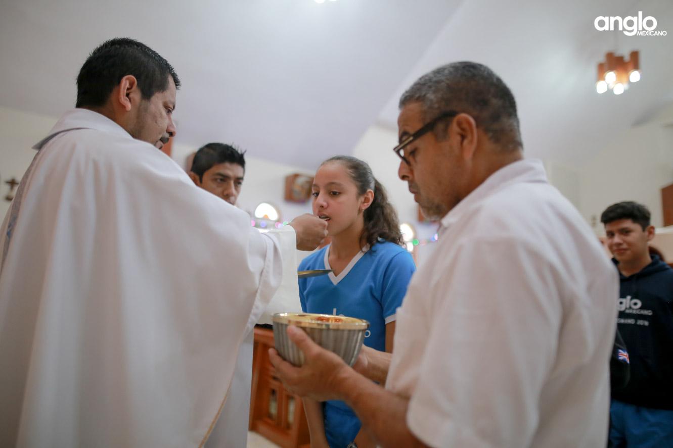 COLEGIO ANGLO MEXICANO DE COAZACOALCOS-MISA DE AÑO NUEVO-0946