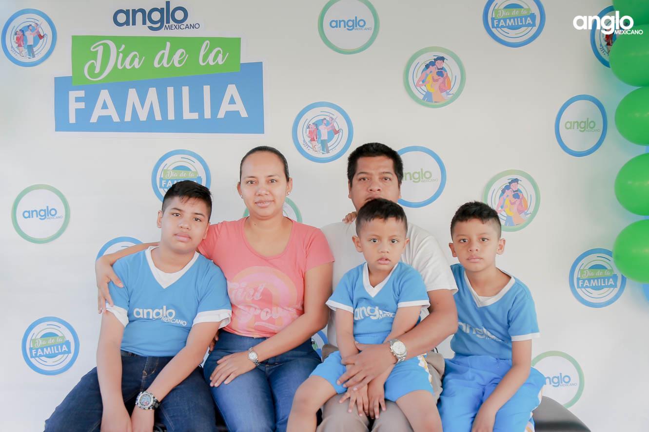 COLEGIO ANGLO MEXICANO DE COATZACOALCOS-DIA DE LA FAMILIA-4900
