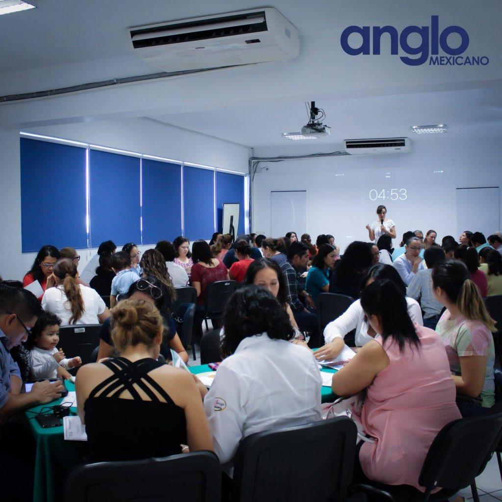 clase sistema uno con padres colegio anglo mexicano de coatzacoalcos 5