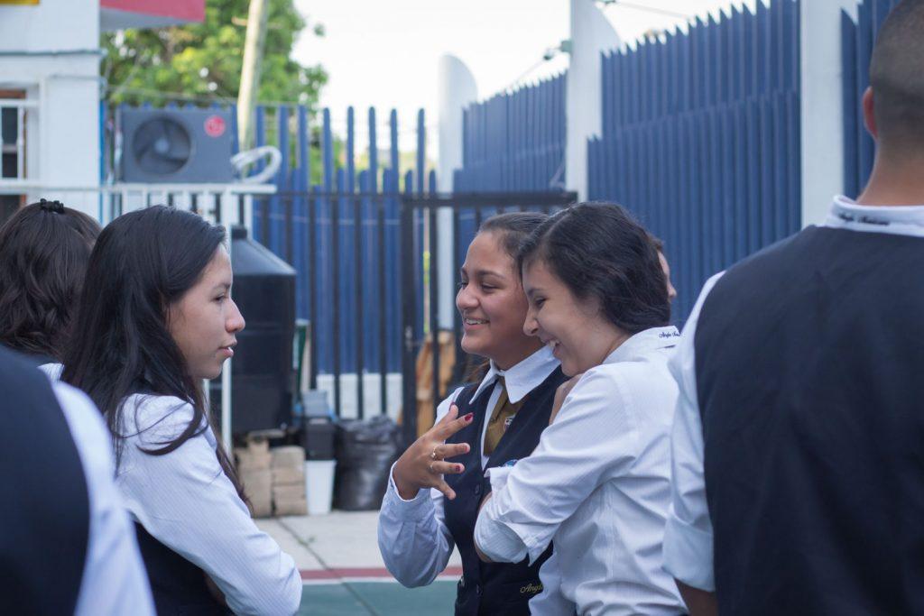 EscuelasEncoatza_BachilleratoAngloMexicano_PrepaCam_Bienvenida_Inicio_de_Clases_AngloMexicano_Tu_Conexion_almundo_highschool-13