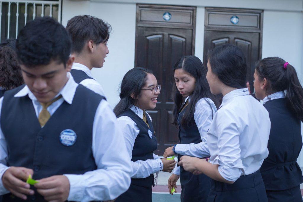 EscuelasEncoatza_BachilleratoAngloMexicano_PrepaCam_Bienvenida_Inicio_de_Clases_AngloMexicano_Tu_Conexion_almundo_highschool-14