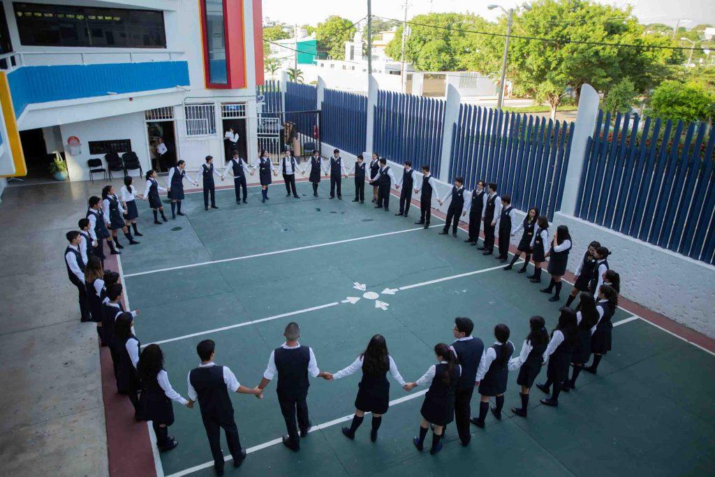 EscuelasEncoatza_BachilleratoAngloMexicano_PrepaCam_Bienvenida_Inicio_de_Clases_AngloMexicano_Tu_Conexion_almundo_highschool-7