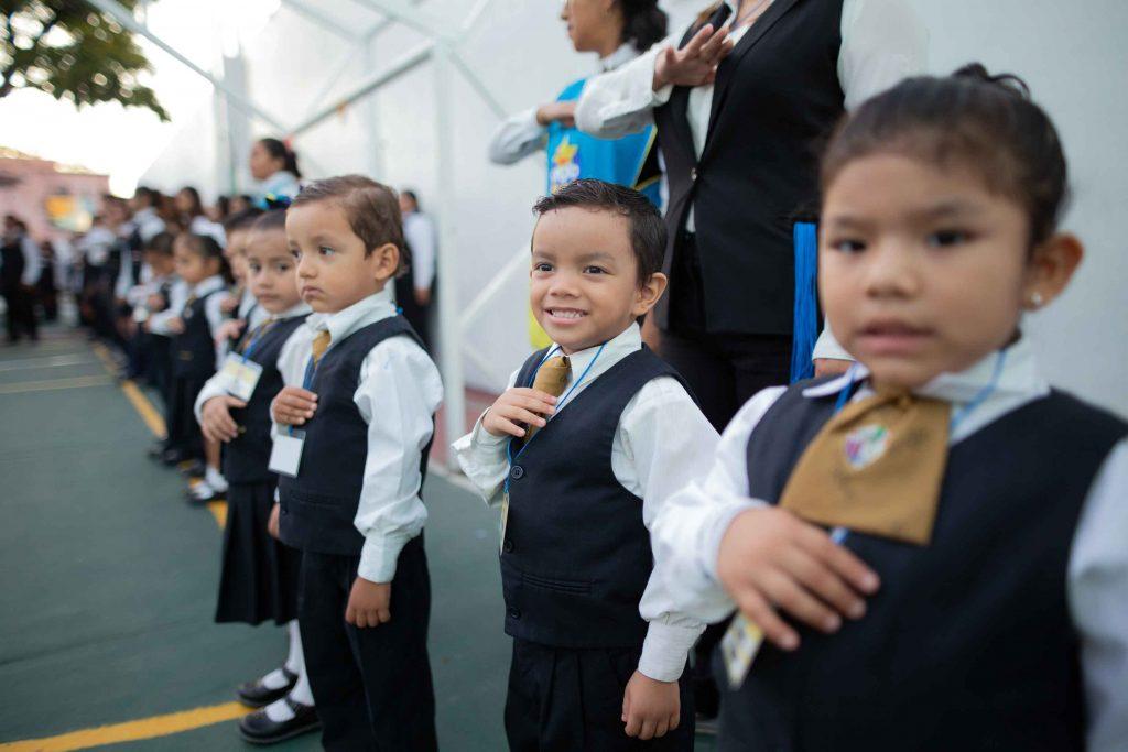 EscuelasEncoatza_Jardin_de_nniñosAngloMexicano_PrepaCam_Bienvenida_Inicio_de_Clases_AngloMexicano_Tu_Conexion_almundo_highschool_Secundaria_primaria-17