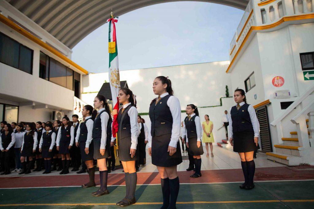 EscuelasEncoatza_Jardin_de_nniñosAngloMexicano_PrepaCam_Bienvenida_Inicio_de_Clases_AngloMexicano_Tu_Conexion_almundo_highschool_Secundaria_primaria-27