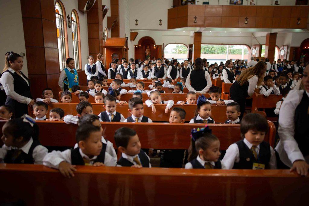 EscuelasEncoatza_Jardin_de_nniñosAngloMexicano_PrepaCam_Bienvenida_Inicio_de_Clases_AngloMexicano_Tu_Conexion_almundo_highschool_Secundaria_primaria-50