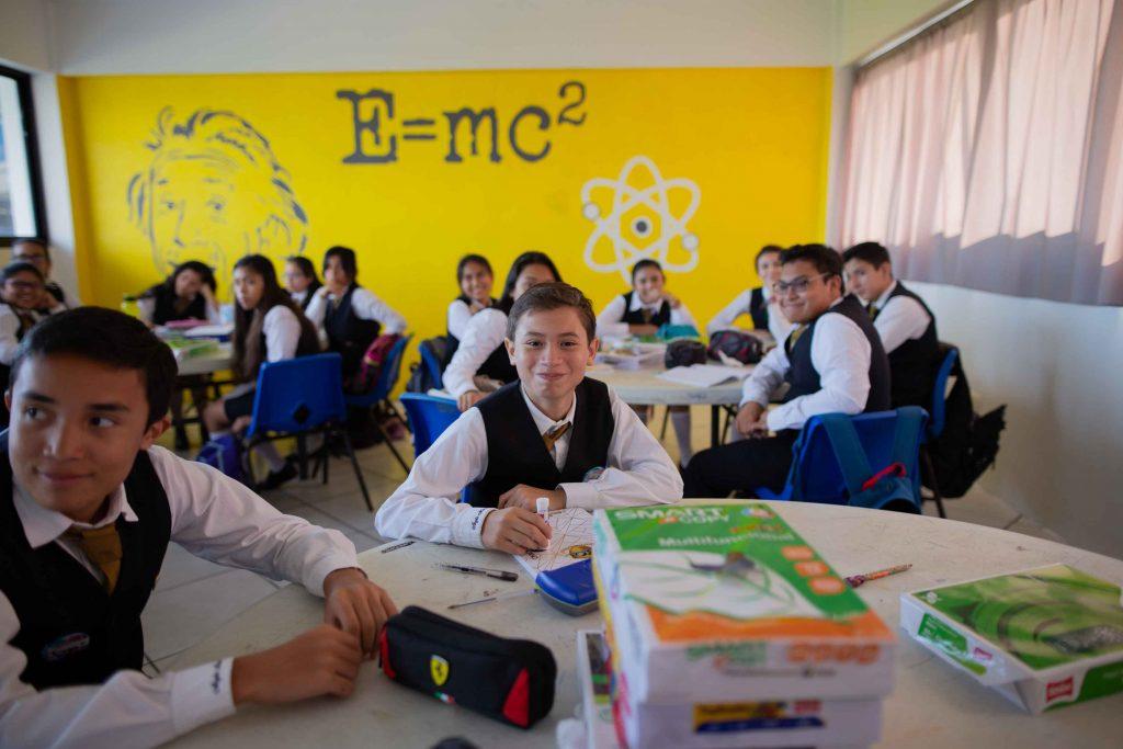 EscuelasEncoatza_Jardin_de_nniñosAngloMexicano_PrepaCam_Bienvenida_Inicio_de_Clases_AngloMexicano_Tu_Conexion_almundo_highschool_Secundaria_primaria-70
