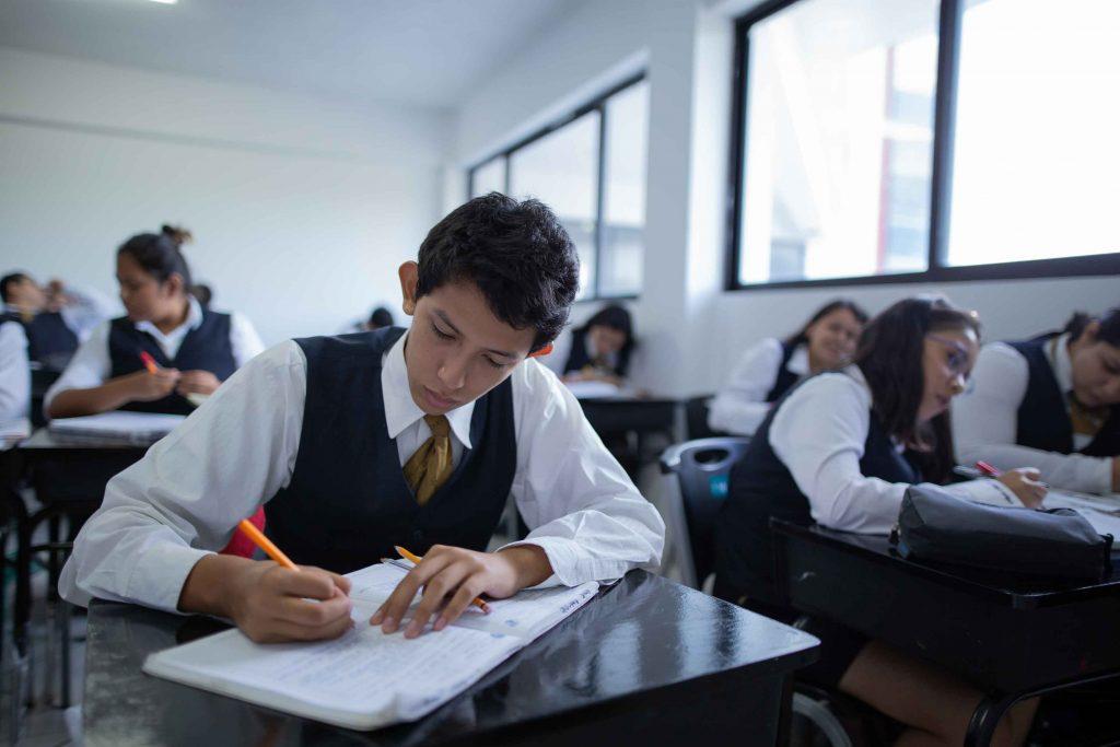 EscuelasEncoatza_Jardin_de_nniñosAngloMexicano_PrepaCam_Bienvenida_Inicio_de_Clases_AngloMexicano_Tu_Conexion_almundo_highschool_Secundaria_primaria-79