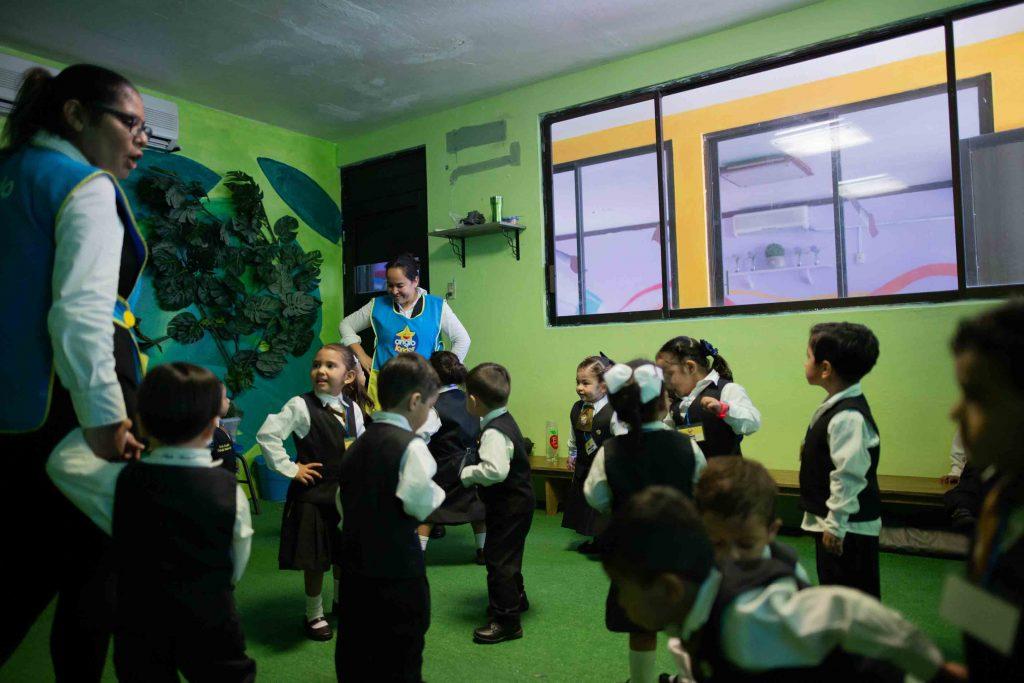 EscuelasEncoatza_Jardin_de_nniñosAngloMexicano_PrepaCam_Bienvenida_Inicio_de_Clases_AngloMexicano_Tu_Conexion_almundo_highschool_Secundaria_primaria-85