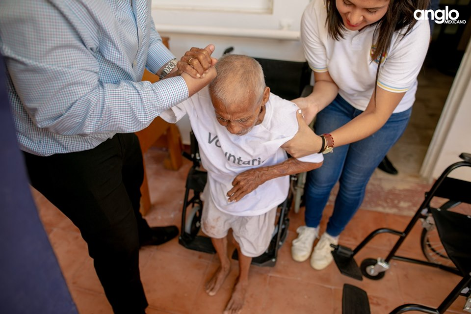 Colegio Anglo Mexicano de Coatzacoalcos - Donación del día del abuelo - 2019 - 9