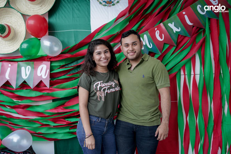 ANGLO MEXICANO DE COATZACOALCOS-BACHILERATO-MAÑANITAS MEXICANAS-08143