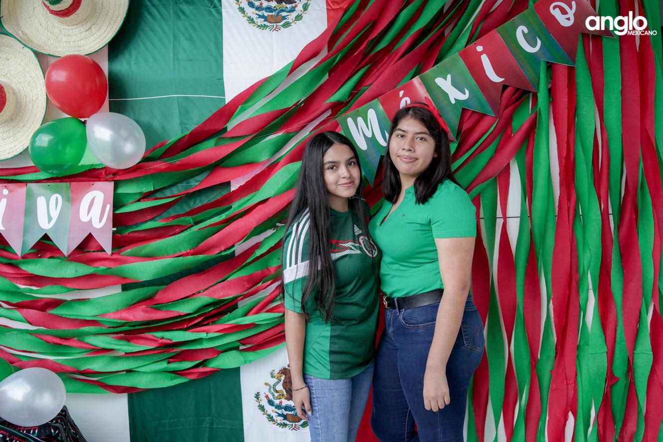 ANGLO MEXICANO DE COATZACOALCOS-BACHILERATO-MAÑANITAS MEXICANAS-08175