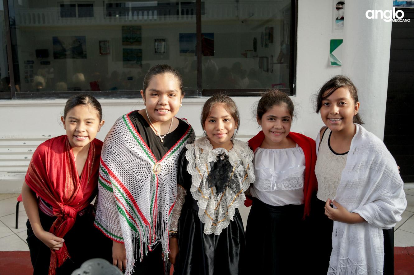 ANGLO MEXICANO DE COATZACOALCOS-PRIMARIA-MAÑANITAS MEXICANAS-07947