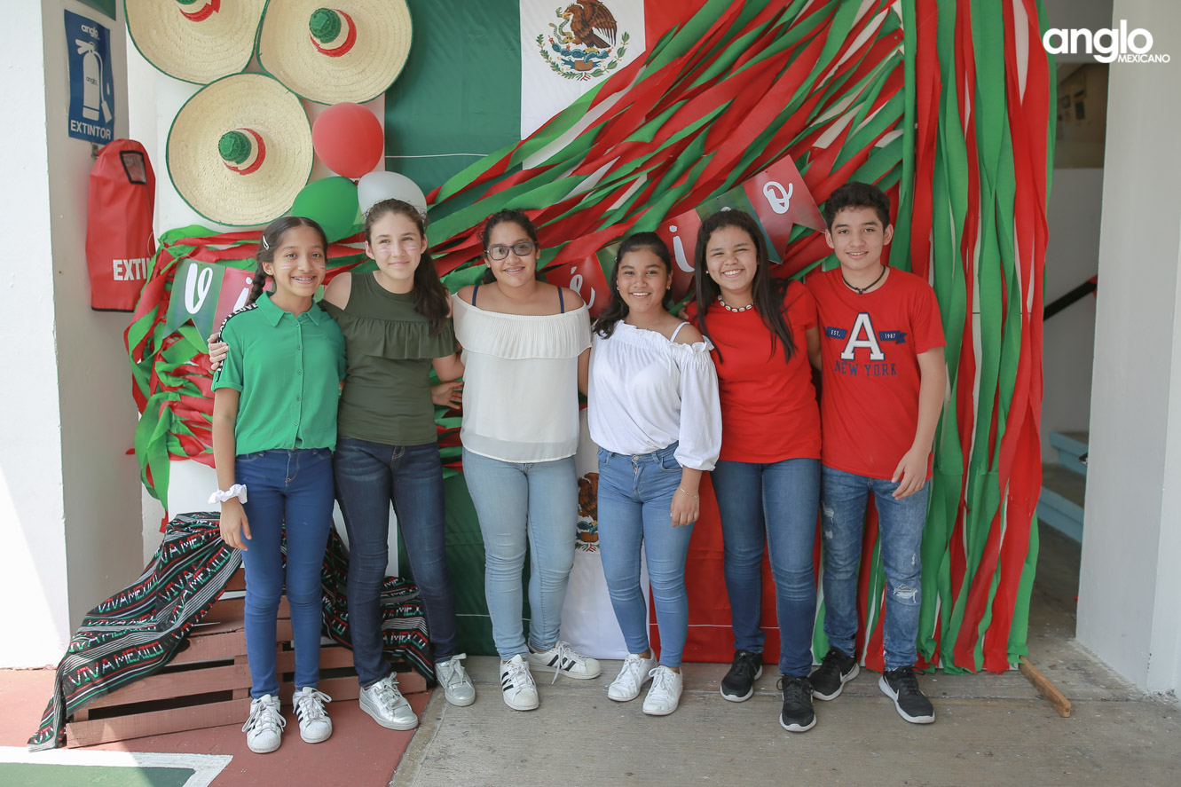 ANGLO MEXICANO DE COATZACOALCOS-SECUNDARIA-MAÑANITAS MEXICANAS-0752