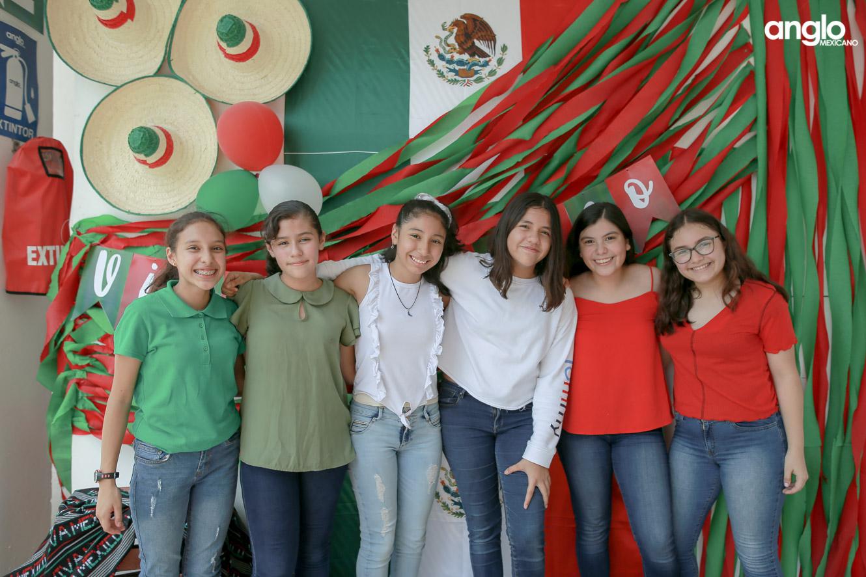 ANGLO MEXICANO DE COATZACOALCOS-SECUNDARIA-MAÑANITAS MEXICANAS-0754