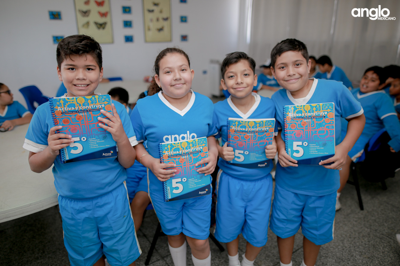 COLEGIO ANGLO MEXICANO DE COATZACOALCOS-PRIMARIA-ENTREGA DE LIBROS AMCO-8455