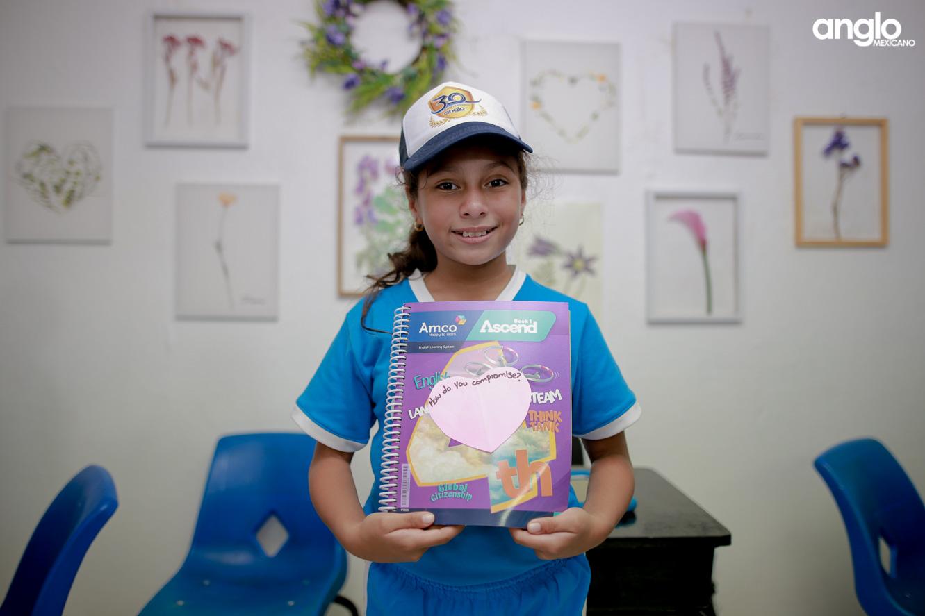 COLEGIO ANGLO MEXICANO DE COATZACOALCOS-PRIMARIA-ENTREGA DE LIBROS AMCO-8576