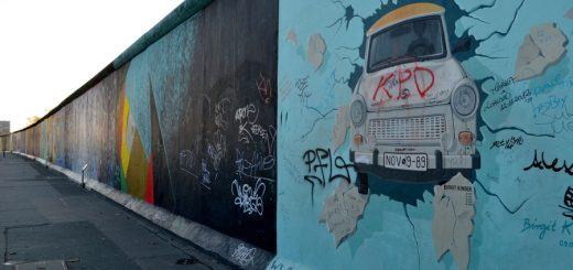 berlin-wall-east-side-gallery-1-caa4a829961e3c4bd0b9366cb08ed40a