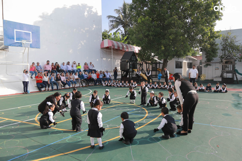 ANGLO MEXICANO DE COATZACOALCOS-PREESCOLAR-HOMENAJE-2854
