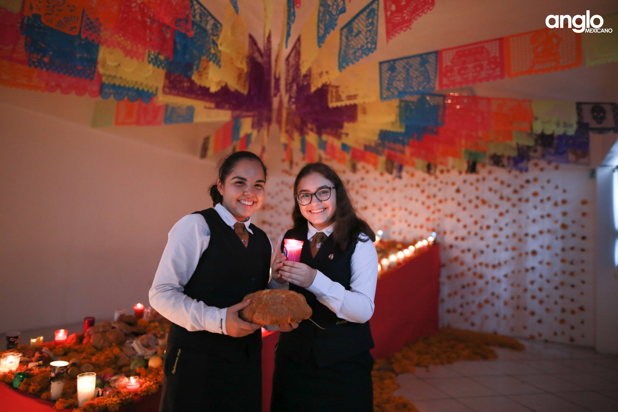 ANGLO MEXICANO DE COATZACOALCOS-VISITA-ALTARES-014