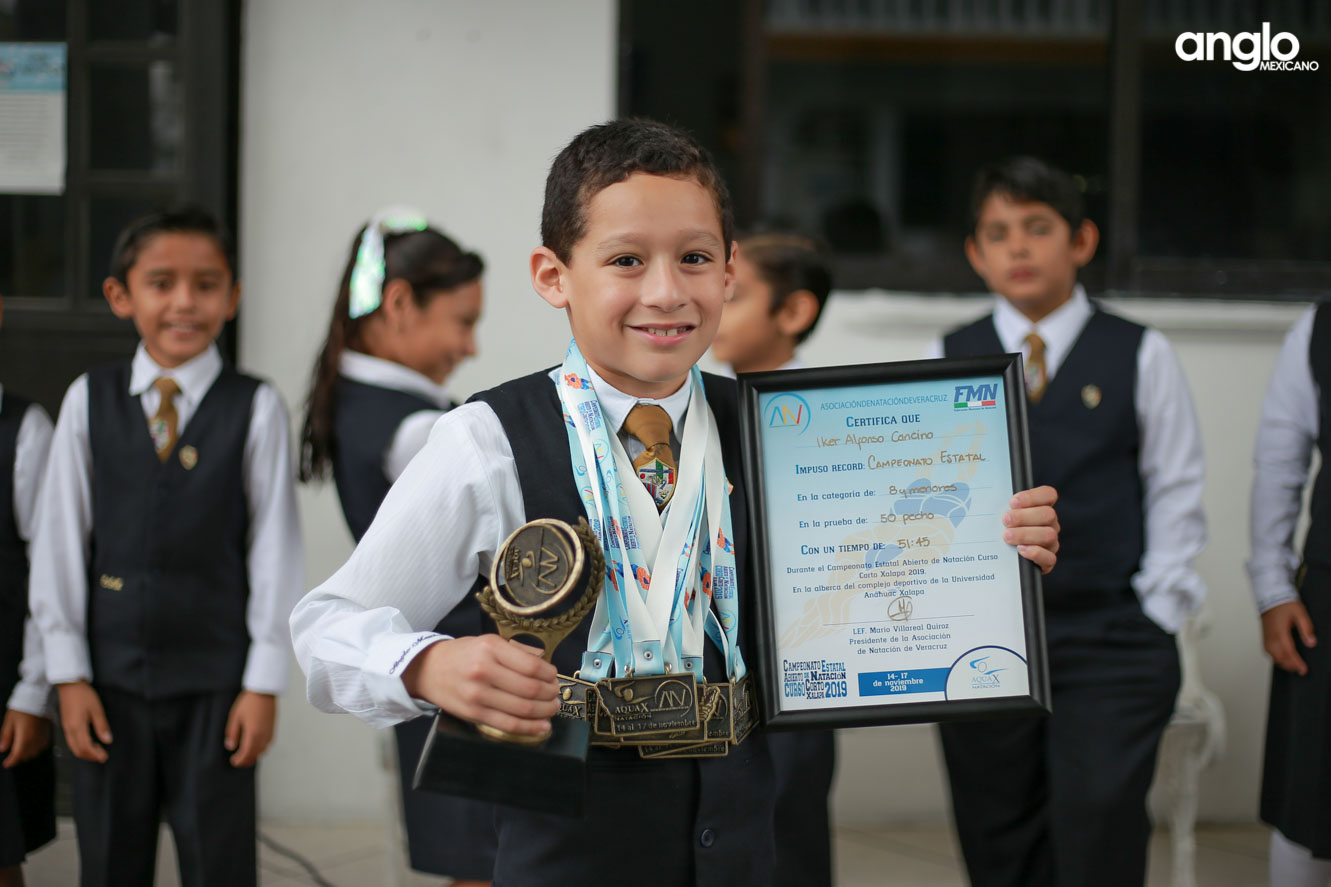 COLEGIO ANGLO MEXICANO DE COATZACOALCOS-PRIMARIA-HOMENAJE-9960